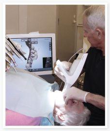 Dentist Svend Carlsen and dental digital system