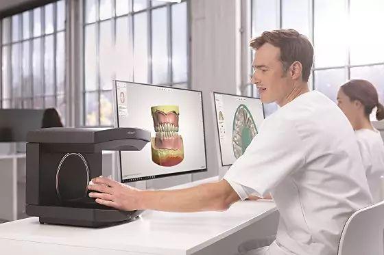 CAD/CAM software for dental labs